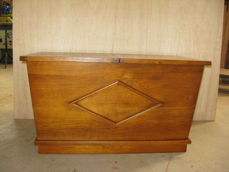 ebeniste menuisier cr ation de meubles d 39 appoint b niste menuisier p. Black Bedroom Furniture Sets. Home Design Ideas